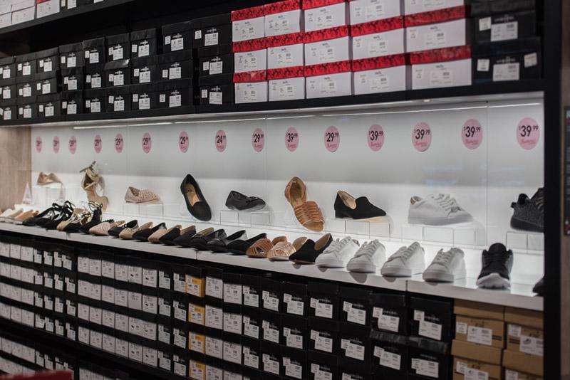 Famous-Footwear-64