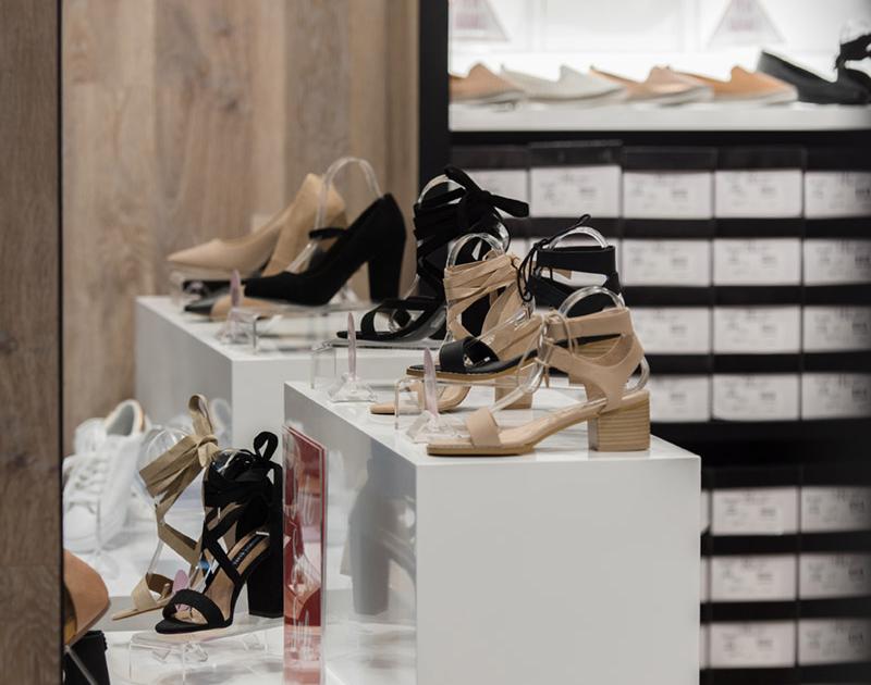 Famous-Footwear-69